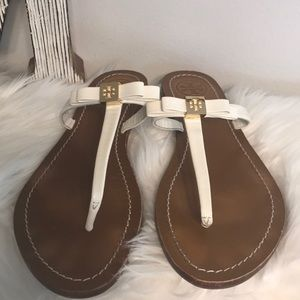 GREAT COND TORY BURCH  LEIGHANNE SANDAL WHITE SZ 8